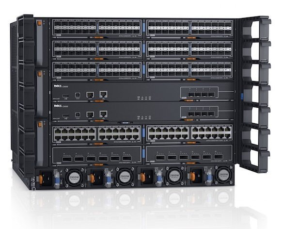 Der Dell Networking C9010 Network Director ist die Zentrale des Campus-Netzwerks.