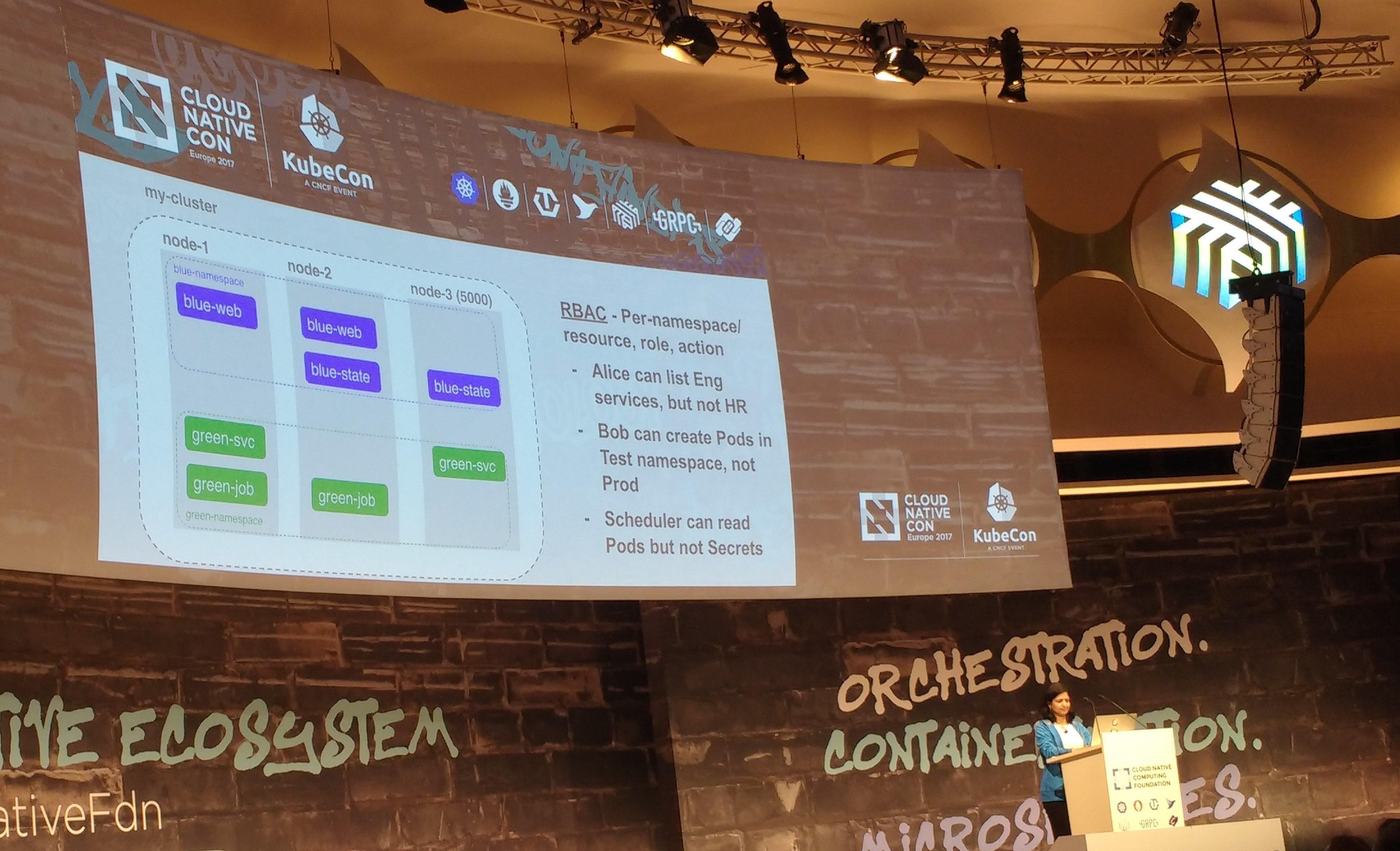 Aparna Sinha von Google während der RBAC-Demonstration auf der CloudNativeCon/KubeCon 2017.
