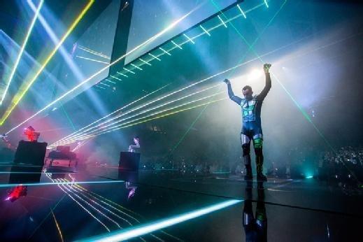 LiveWorx laser man