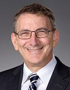 A headshot of Mark Schuster, founding dean and CEO of the Kaiser Permanente School of Medicine.