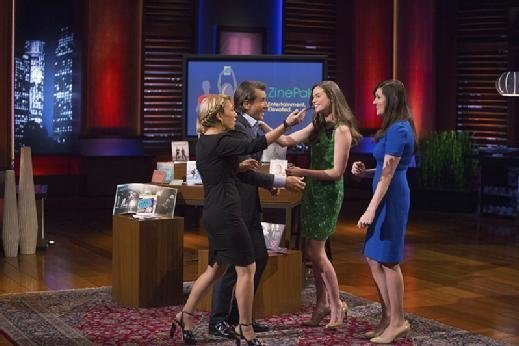 ABC 'Shark Tank' judges Lori Greiner and Robert Herjavec greet Kim Kaupe and Brittany Hodak of ZinePak.