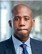 Headshot of Veeam Government Solutions' Earl Matthews