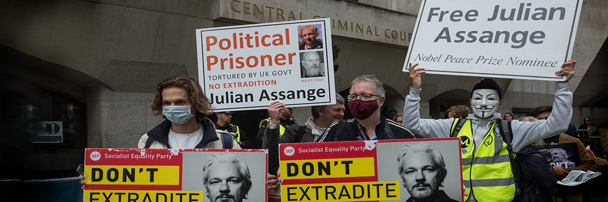 Julian Assange held back 15,000 documents to prevent harm to US government