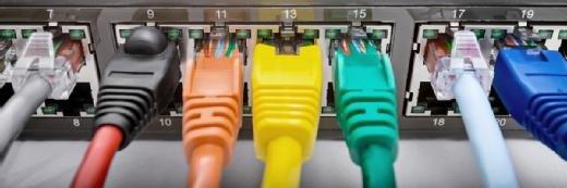 Netzwerkkabel: Belegung und Farbkodierung von UTP-Durchgangskabeln